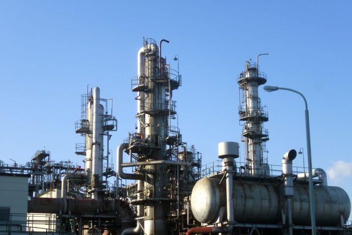 Colonna di distillazione: bilanci materiali-chimicamo