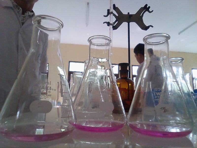 Esercizi svolti sulle titolazioni di livello avanzato - chimicamo