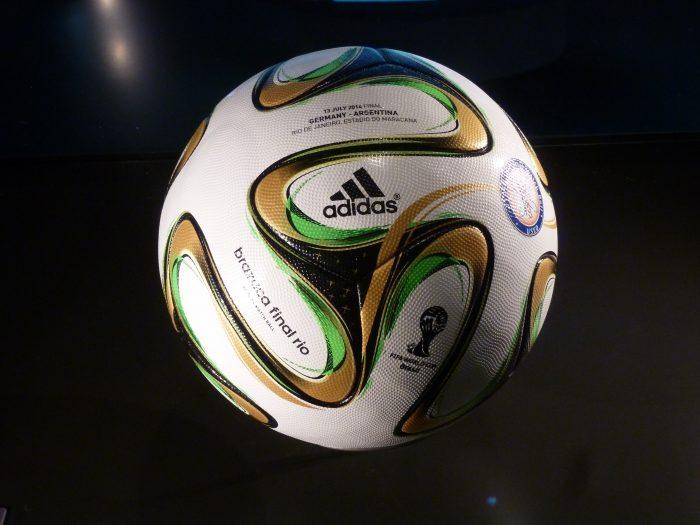 Il Pallone del Mondiale di calcio 2014-chimicamo