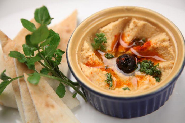 Hummus- piatto simbolo della pace -chimicamo