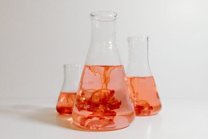 Fenillitio-chimicamo